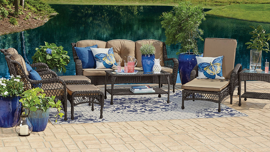 Pinehurst patio seating set