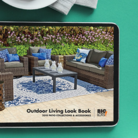 Browse Outdoor Look Book