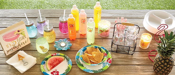 Tropical Party Decor and Refreshing Beverages