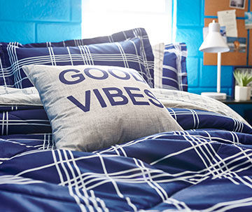 College Bedding & Decor