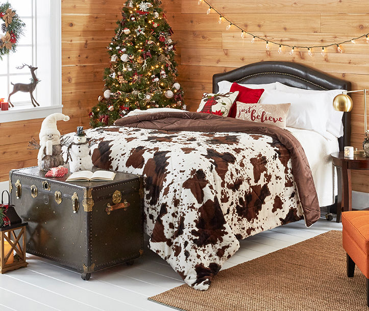 Holiday bedroom looks for less
