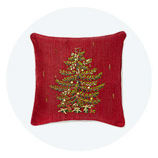Throws and Holiday Pillows