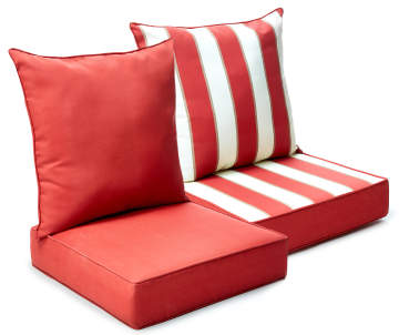 Outdoor Pillows & Cushions: Plush Backyard Décor | Big Lots
