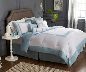 Aprima Hotel Cloud Blue Amp White 8 Piece Comforter Sets