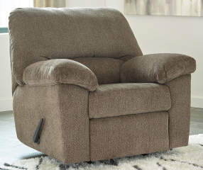 Recliner Chair In Living Room Decor