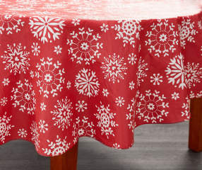 Traditions Collection Snowflake Round Christmas Vinyl