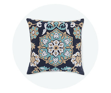 Outdoor Cushions and Pillows