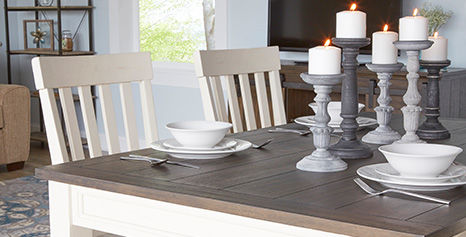 Farmhouse Chic Furniture Dining Set