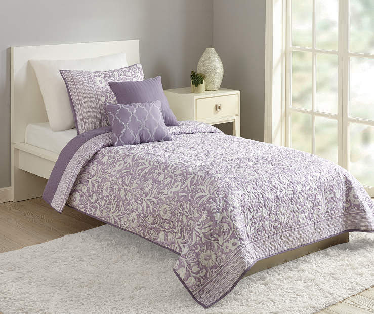 Anthina Floral Purple Twin 4 Piece Quilt Set lifestyle bed room