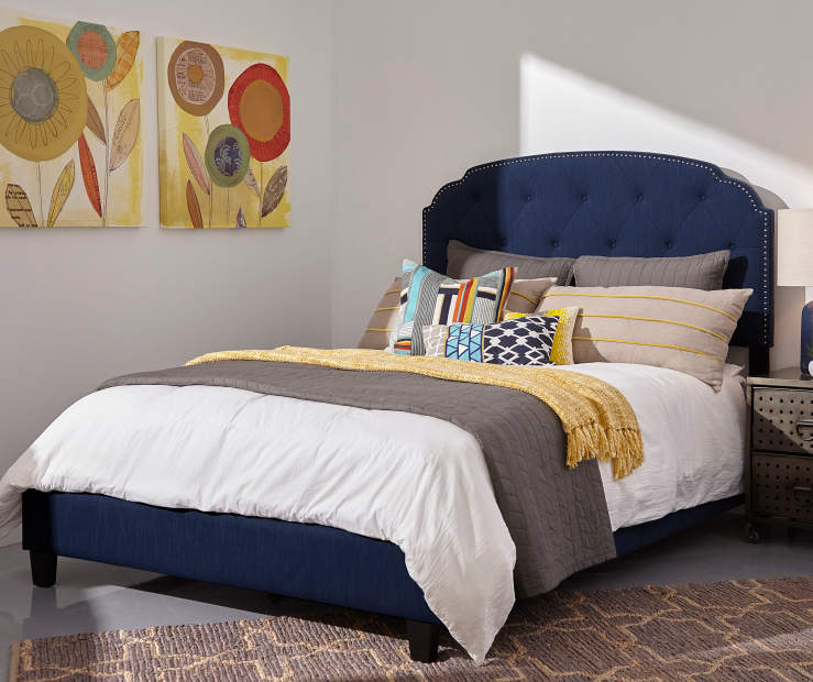Blue Scallop Corner Upholstered King Bed with Nailhead Trim lifestyle bedroom with bedding