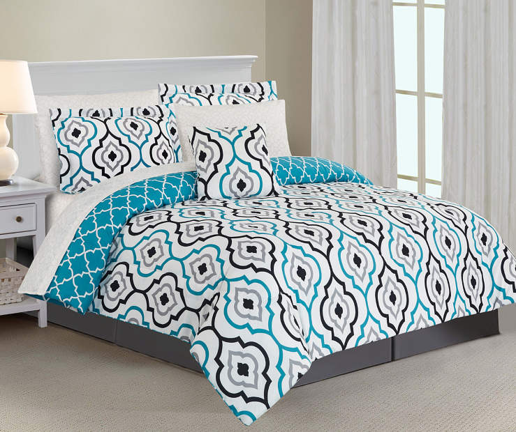 Emily Lake 8-Piece Queen Comforter Set Rom Setting