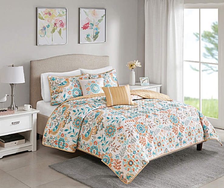 Nina Multi Color Birds Full Queen 5 Piece Quilt Set lifestyle bedroom