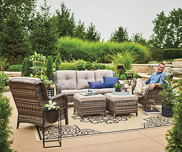 Set Price 699 99 Oakmont 5 Piece Patio Furniture Collection