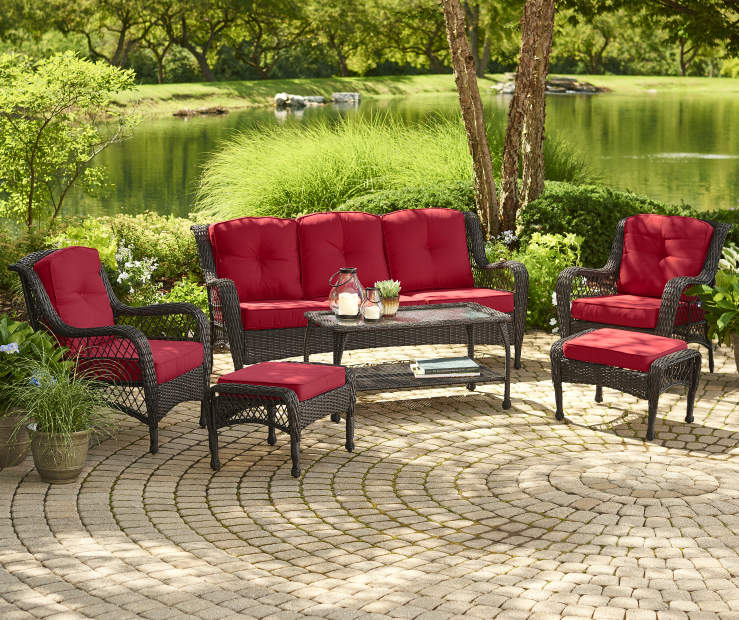 Pinehurst Red 12 Piece Replacement Cushion Set lifestyle