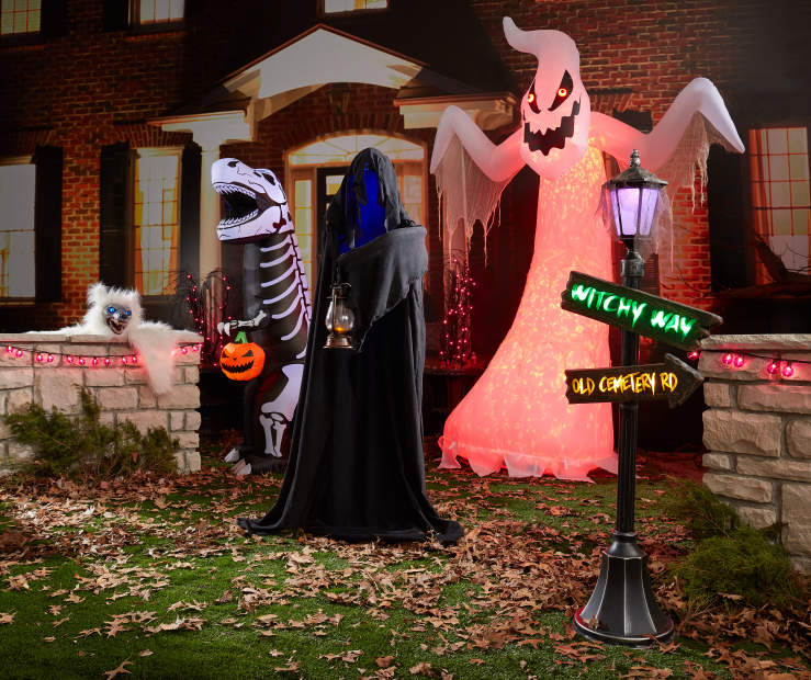 Spooky Halloween Inflatables Amp Outdoor D 233 Cor Big Lots