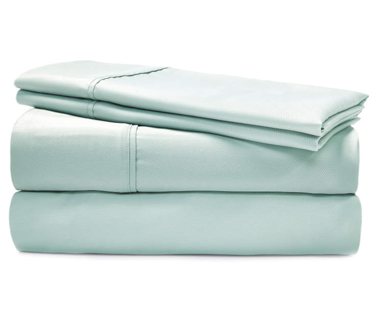 Ultracool Eggshell Blue Queen 620 Thread Count 4 Piece Cooling Sheet Set silo front